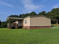 Great Home With Open Pasture : Bowdon : Carroll County : Georgia