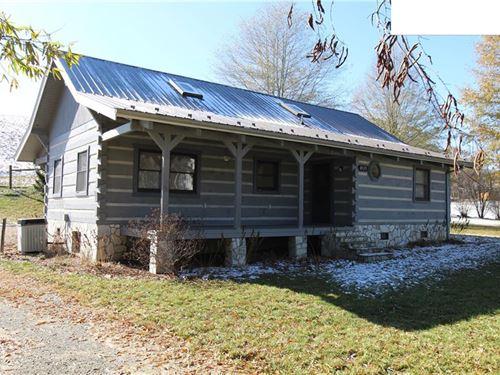 Cabin Close to New River : Troutdale : Grayson County : Virginia