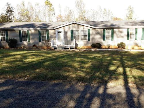 Quiet Country Home in Woolwine VA : Woolwine : Patrick County : Virginia