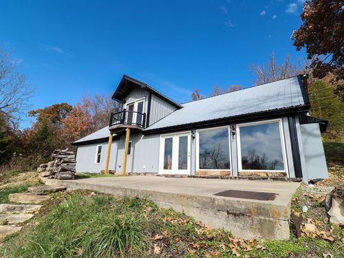 Country Home For Sale in Kentucky : Burnside : Pulaski County : Kentucky