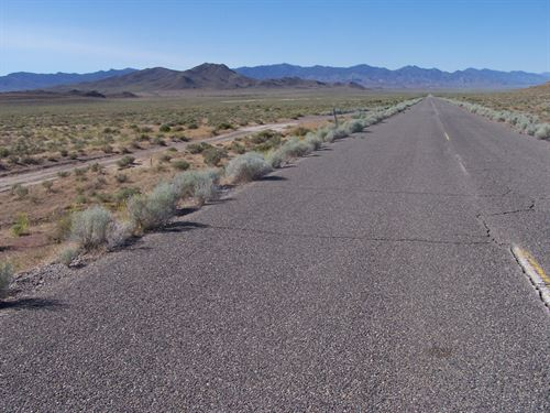 Awesome, Paved, Power, $580/Mo : Lovelock : Pershing County : Nevada