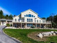 Custom-Built Home With Acreage : Manlius : Onondaga County : New York