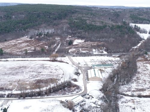Large Acreage Mixture With Fields : Guilderland : Albany County : New York