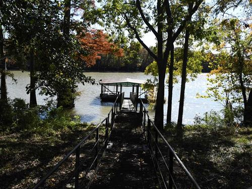 Hunting And Fishing Cabin With Doc : Holly Grove : Monroe County : Arkansas