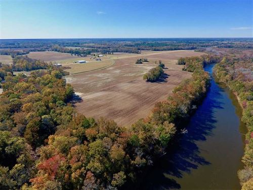 271.34 Ac of Neuse Riverfront Farm : Dover : Craven County : North Carolina