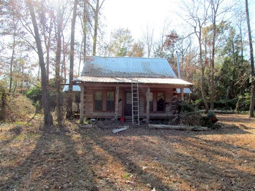 Unfinished Log Cabin, Over 5 Acres : Winnsboro : Wood County : Texas