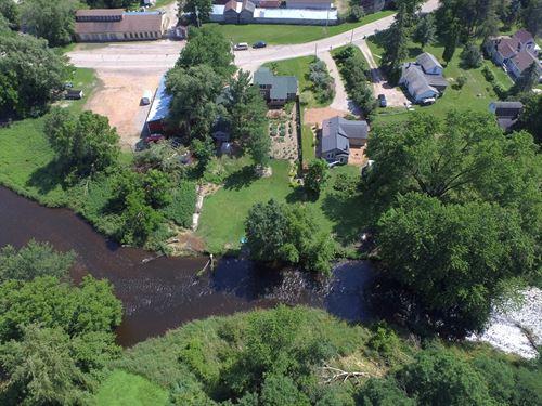 Riverfront Home Waupaca, WI : Waupaca : Wisconsin