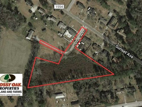 3.05 Acres of Residential Land : Whiteville : Columbus County : North Carolina