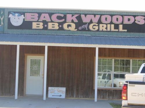 Commercial Convenient Store / Bowie : De Kalb : Bowie County : Texas