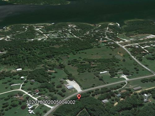 Rural Feel With a Lake Close By : Hermitage Township : Hickory County : Missouri