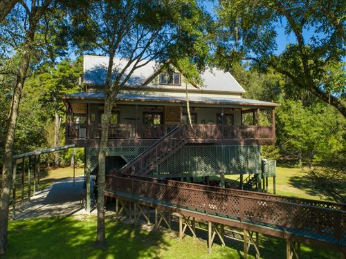 Suwannnee River Waterfront Home : Branford : Lafayette County : Florida