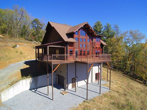 Log Cabin Ready For Your Personal : Elk Creek : Grayson County : Virginia