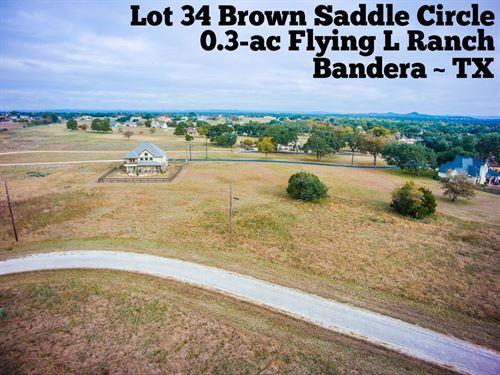 .25 Acres in Bandera County : Bandera : Texas