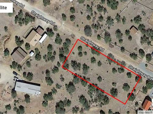Three Adjoining Lots : Capitan : Lincoln County : New Mexico