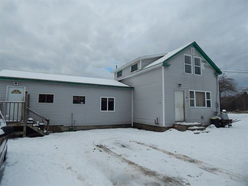Country Home in Northern Maine : Enfield : Penobscot County : Maine