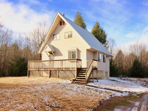 Cabin on 6 Acres Land : Benton : Columbia County : Pennsylvania