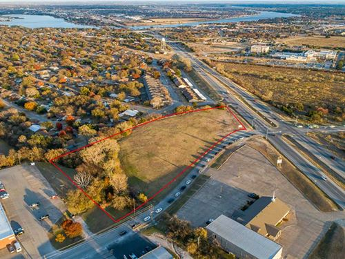 5 Acres, Prime Commercial Land : Granbury : Hood County : Texas