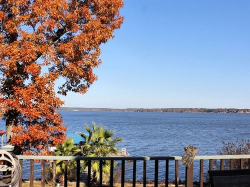 Lake Palestine Waterfront Home : Chandler : Henderson County : Texas