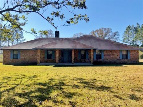 3 Bed/2.5 Bath Home, 70.4 Acres Lan : Summit : Amite County : Mississippi