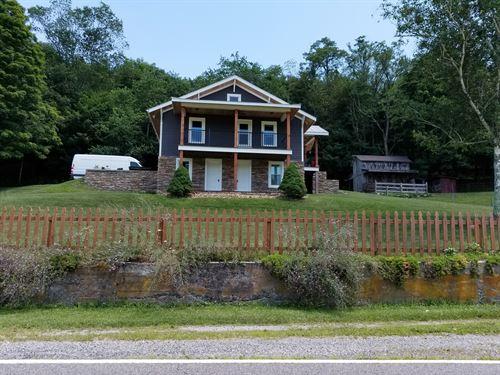 Beautiful Home, Lot For Livestock : Elk Creek : Grayson County : Virginia