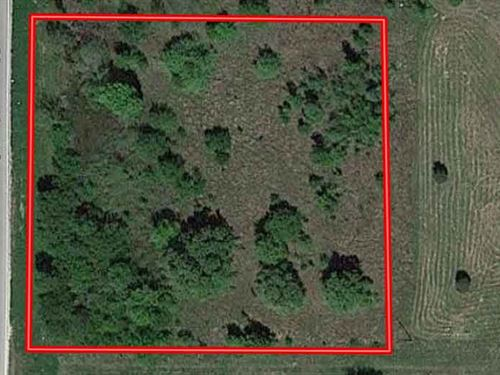 1.48 Acres in Henderson County, TX : Trinidad : Henderson County : Texas
