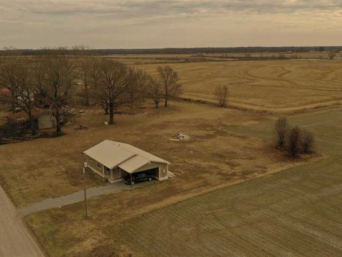 3 Bed, 1.5 Bath House of Snake Wal : Humphrey : Arkansas County : Arkansas