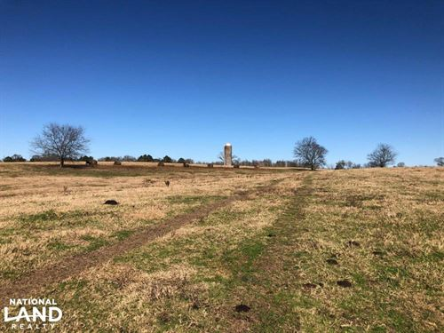 Magee Cattle Farm : Magee : Simpson County : Mississippi