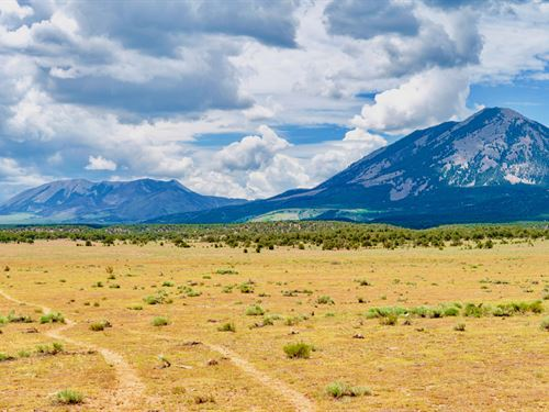 Ranch Near Mountains & Blm Land : Walsenburg : Huerfano County : Colorado