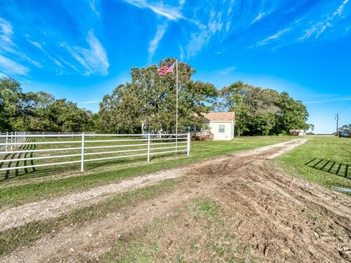 Country Living Just For You : Normangee : Madison County : Texas