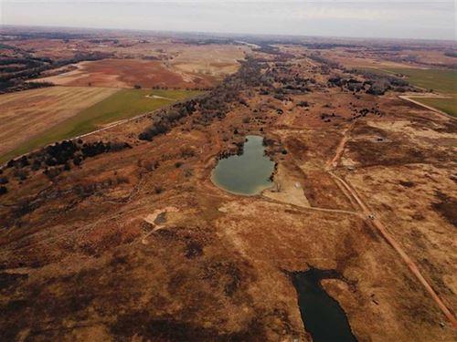 156 Acres of Tillable And Pastu : Sharon : Barber County : Kansas