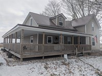 Farm House & Acreage : Fremont : Newaygo County : Michigan