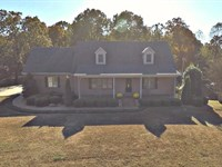 Beautiful Brick Home With 34 Acres : Paris : Henry County : Tennessee