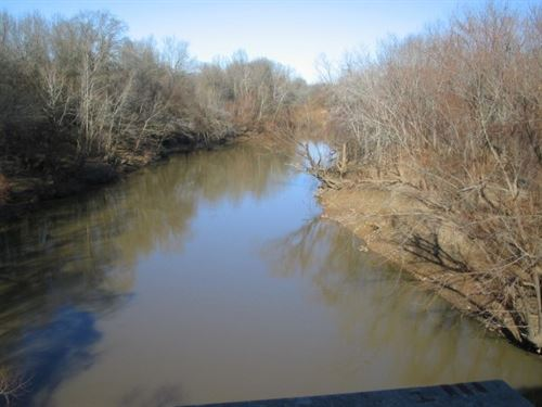 Poteau River Cattle & Hunting Farm : Cameron : Le Flore County : Oklahoma