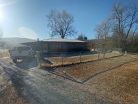 Home With 5 Acres In The Nat Forest : Oark : Johnson County : Arkansas