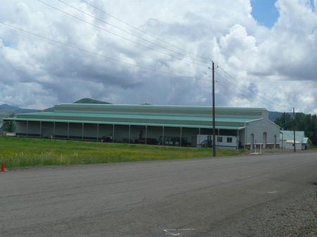 Hells Canyon Arena : Halfway : Baker County : Oregon
