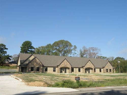 New Office Building Four Suites : Tyler : Smith County : Texas