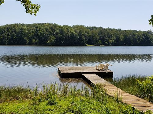 70 Acres Water Front Property : Chatham : Pittsylvania County : Virginia