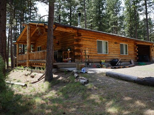 Southern Oregon, Bly Or, Log Cabin : Bly : Klamath County : Oregon
