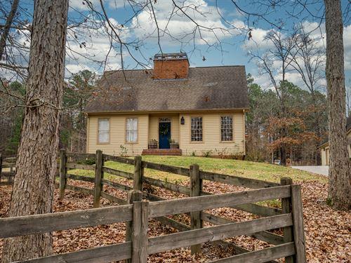 Farmhouse Look on 5.3 Acres & Pool : Covington : Walton County : Georgia