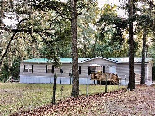 4/3 Country Home 6.6 Secluded Acres : High Springs : Gilchrist County : Florida