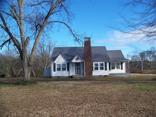 4 Bedroom Country Home Southern : Adamsville : Hardin County : Tennessee