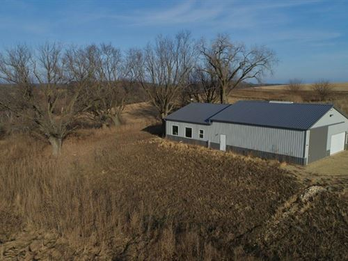 Legendary Hunting Camp Iowa County : Avoca : Iowa County : Wisconsin