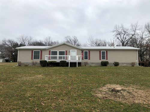 Home For Sale, Large Lot : Dawn : Livingston County : Missouri