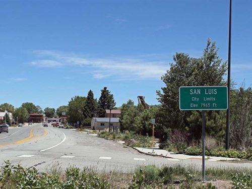 San Luis Valley, Near Rio Grande : San Luis : Costilla County : Colorado