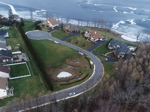 Oneida Shores Lot to Build : Cicero : Onondaga County : New York