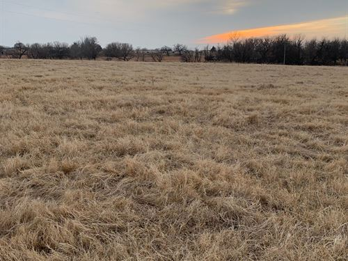 Land, Golf Property, Great Home : Blackwell : Kay County : Oklahoma
