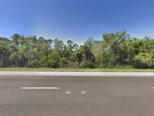 One Lot Away From I-95, 2.5 Acres : Oak Hill : Volusia County : Florida