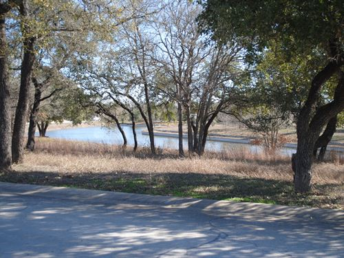 Beautiful Lot With Lake View : Belton : Bell County : Texas