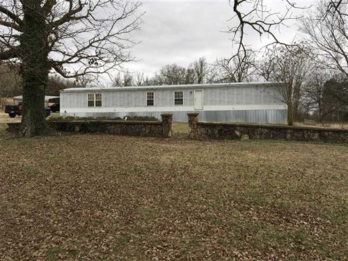 This 2004, 3 Bed 2 Bath Very Clean : Poughkeepsie : Sharp County : Arkansas