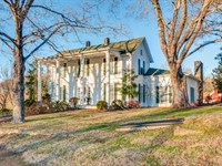 Historic Home on 117 Ac : Columbia : Maury County : Tennessee